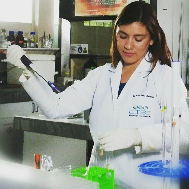 Identificación de moléculas bioactivas obtenidas de la biodiversidad y el potencial uso en la industria agrícola, alimento y salud.